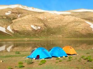 با انعکاس کوه چیرو با ارتفاع 3500 در تالاب
