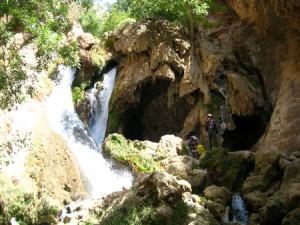 چشمه غار